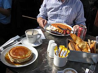 Esmorzant a Londres....